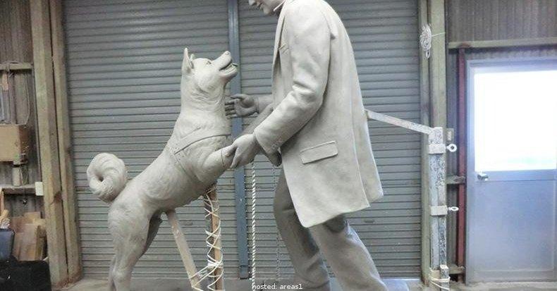 pies-pomnik